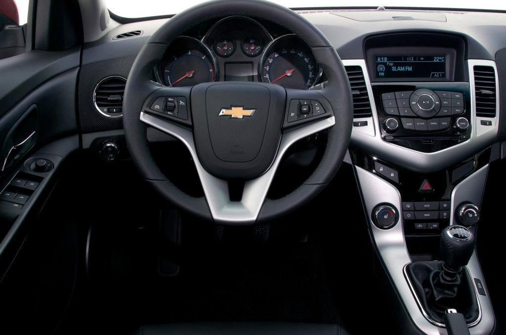 Cruze Hatchback - Foto 6