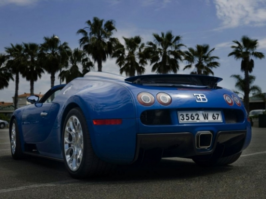 bugatti veyron grand sport a s lo un mill n y medio de euros. Black Bedroom Furniture Sets. Home Design Ideas