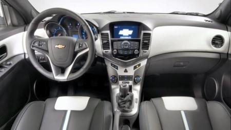 Chevrolet presentó el Cruze cinco puertas