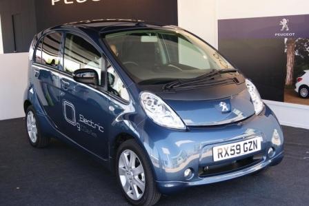 Stand de Peugeot en Salón Internacional del automóvil ecológico y de la movilidad sostenible Madrid 2010