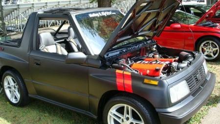Un Suzuki Vitara con alma de Corvette