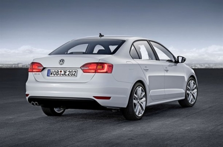 Volkswagen revela el nuevo Jetta para el mercado europeo.