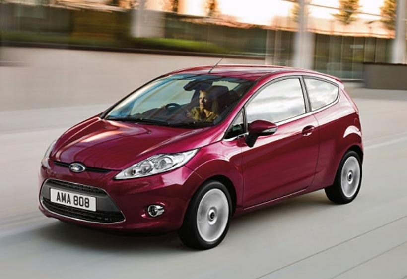 Saga postura acero  Nueva gama Ford Fiesta 2012. Más por menos - Motor.es