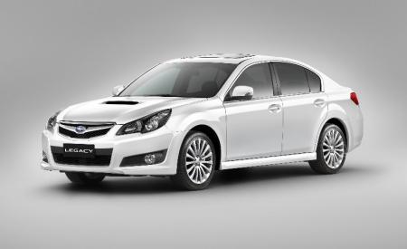 Los Subaru Legacy y Outback amplían su equipamiento