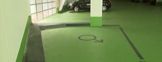 En Alemania ya existen las plazas de aparcamiento diferentes para hombres y mujeres