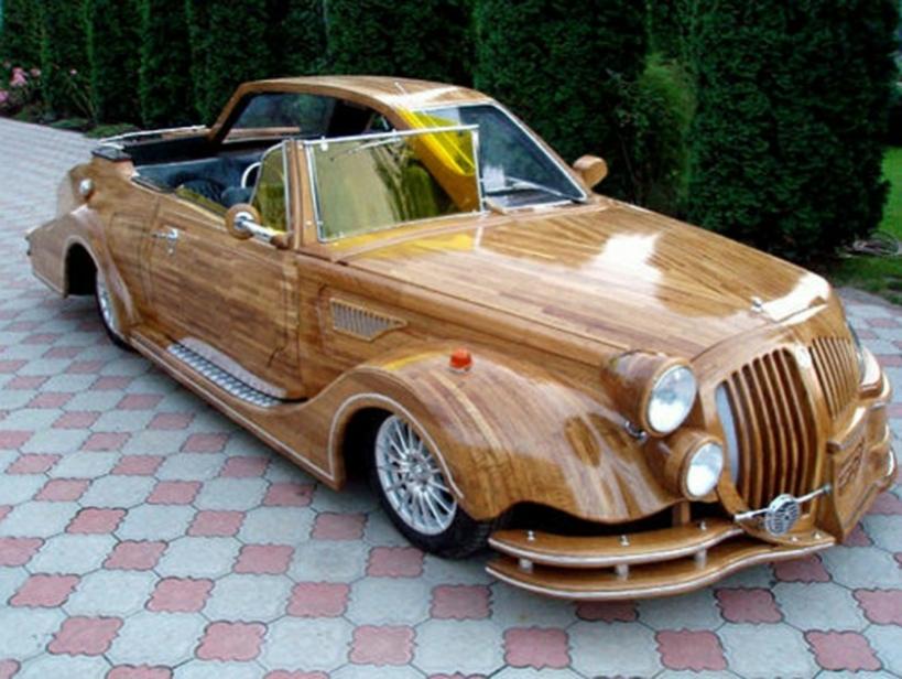 Rareza del d a un coche de madera con dos dise os for Vetas en la madera