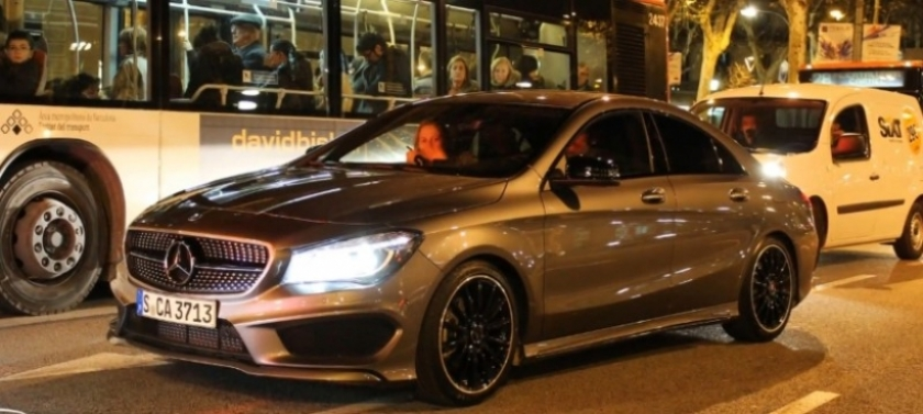 mercedes benz cla 180 amg pack en barcelona. Black Bedroom Furniture Sets. Home Design Ideas