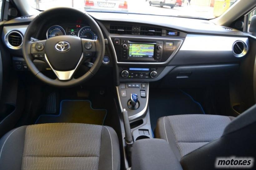 Dise 241 O Interior Prueba Toyota Auris Hybrid Advance