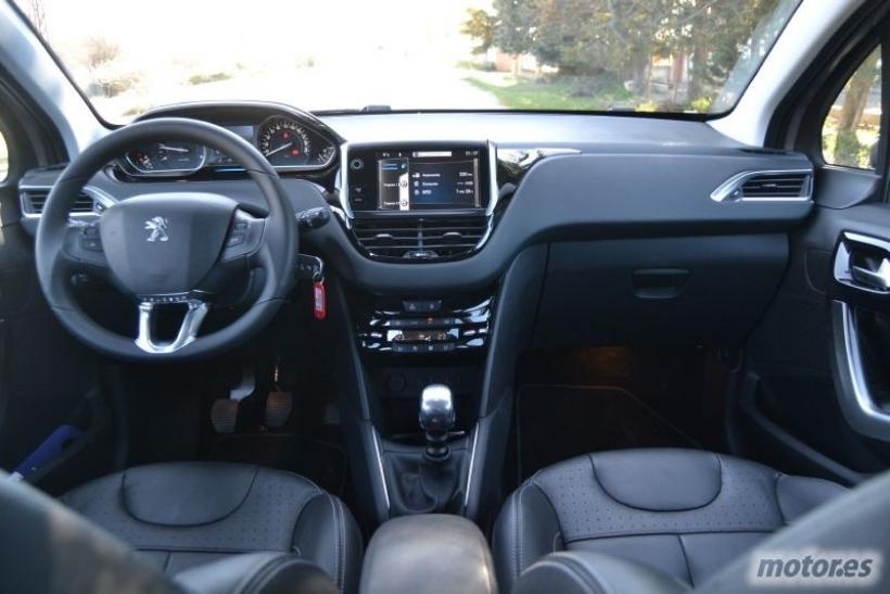 Dise 241 O Interior Prueba Peugeot 208 1 6 Hdi 115 Motor Es