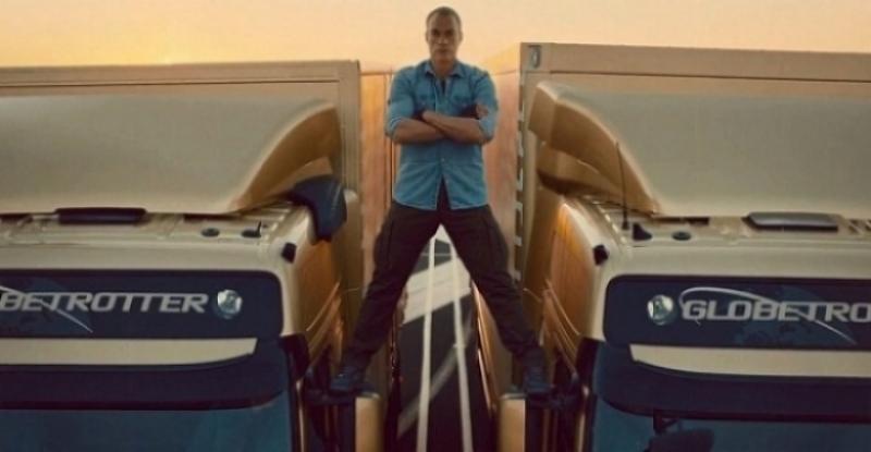 Van Damme y los camiones Volvo marcha atrás