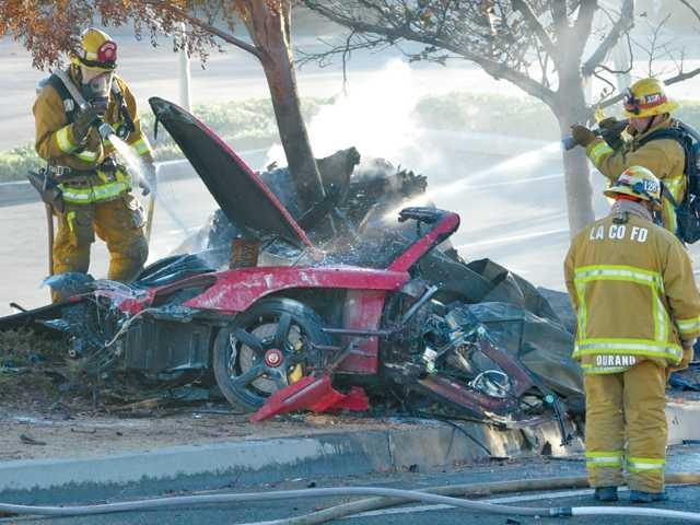 paul-walker-de-a-todo-gas-fallece-en-acc