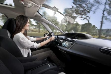 El sistema Qeo de Citroën permite activar la calefacción de tu casa desde el coche