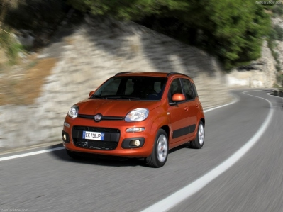 Italia - Febrero 2014: Fiat Panda, aún más líder