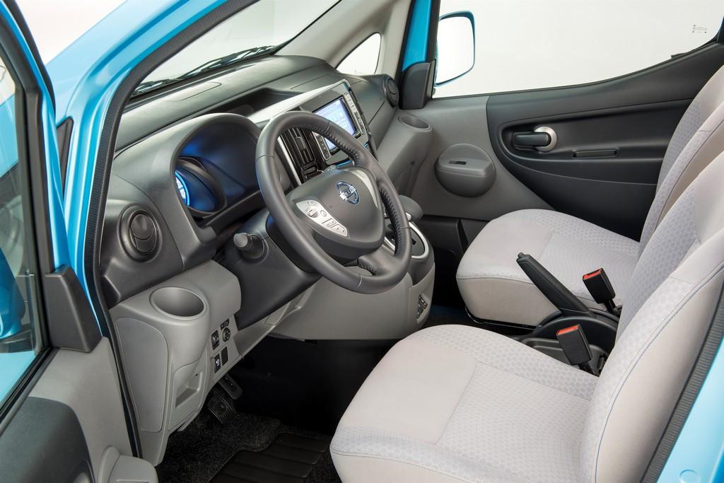 Nissan e nv200 la furgoneta el ctrica de nissan for Oficinas de dhl en barcelona