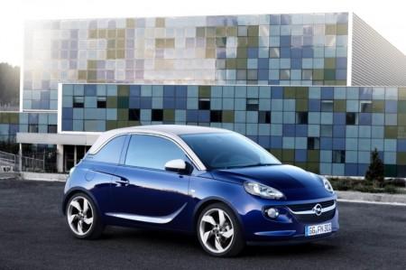 Alerta de seguridad, llamada a revisión para los Opel Adam y Corsa