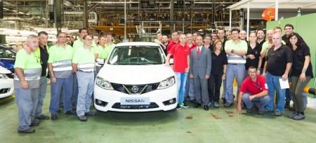 Andrés Iniesta, embajador del Nissan Pulsar y primer cliente