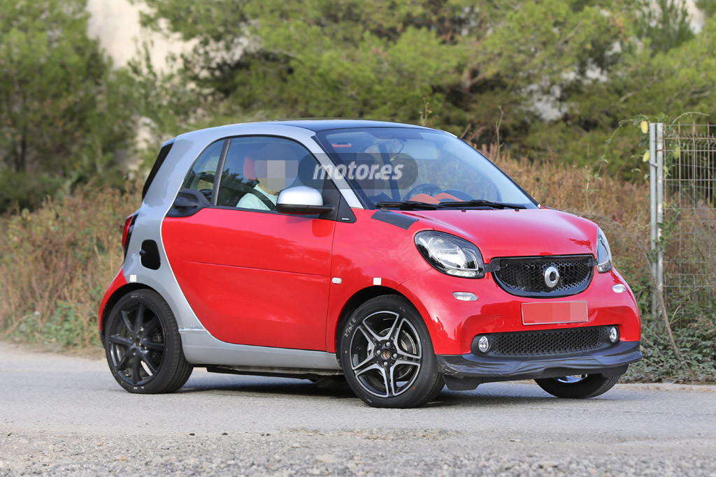 smart fortwo forfour brabus 2017 forocoches. Black Bedroom Furniture Sets. Home Design Ideas