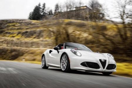 Alfa Romeo 4C Spider, el diseño italiano llega ahora sin techo