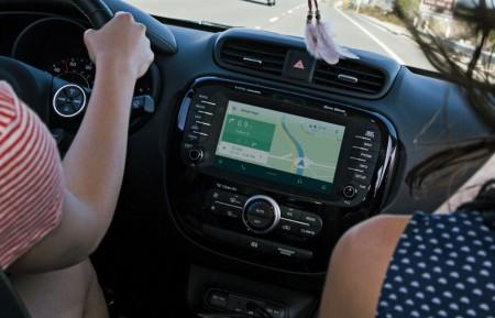¿Qué nos pueden ofrecer Android Auto y CarPlay a nuestro vehículo?