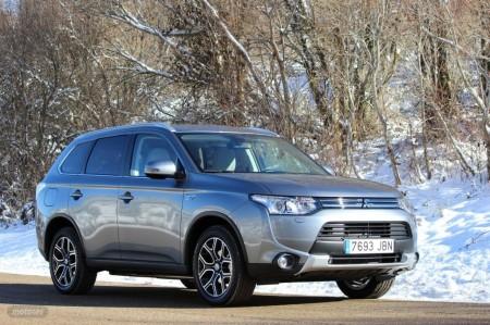 Mitsubishi Outlander PHEV. Introducción, precios y versiones (I)