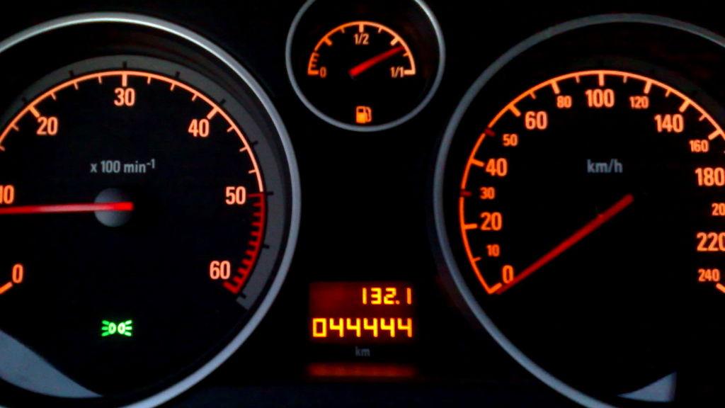 ¿Cómo nos afecta la alteración del kilometraje del coche?