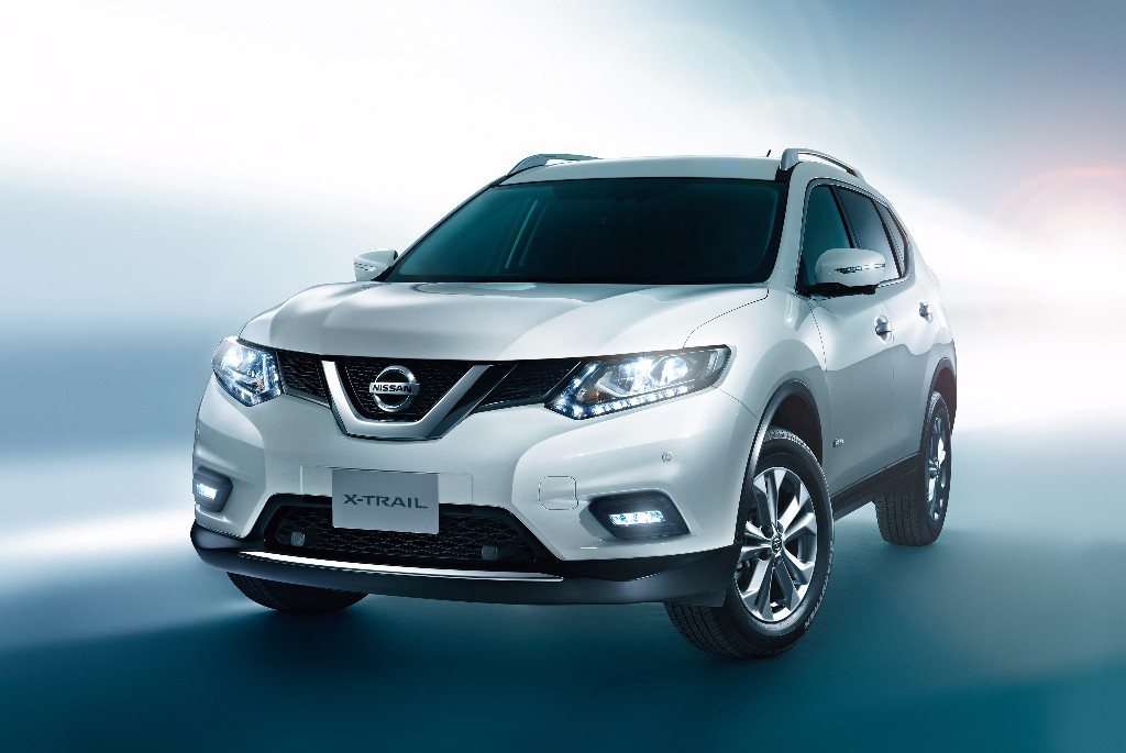 nissan x trail hybrid el h brido 4x4 se estrena en jap n. Black Bedroom Furniture Sets. Home Design Ideas