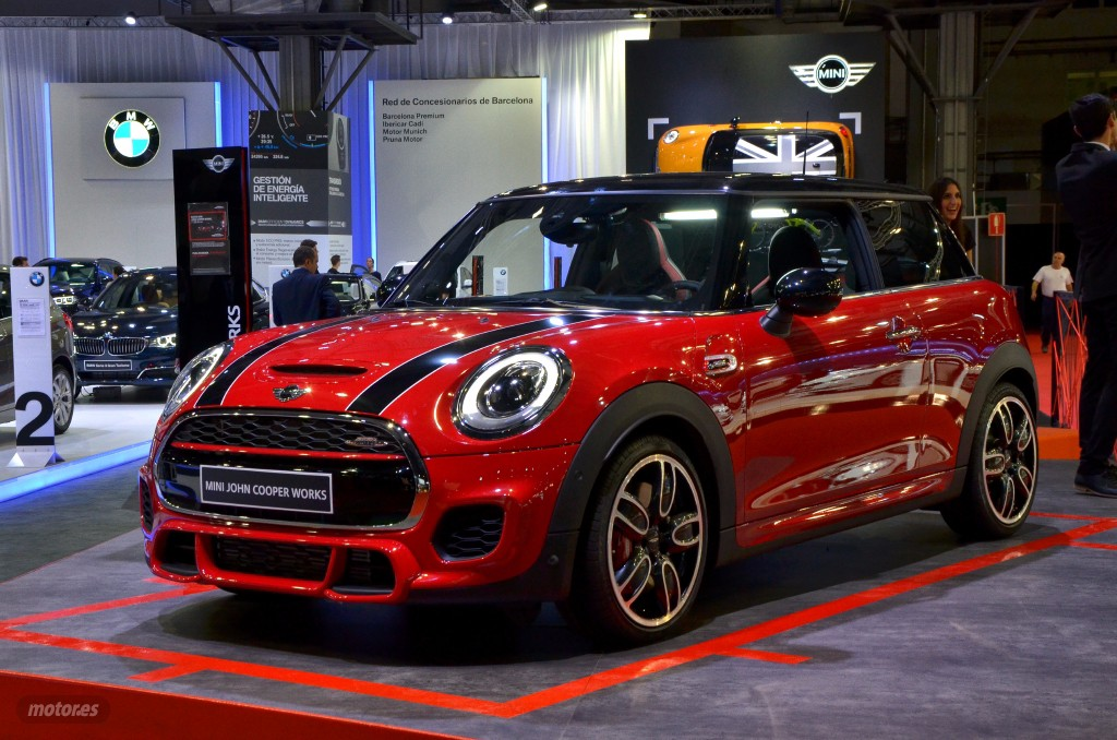 sal n de barcelona 2015 mini john cooper works ya a la venta con un precio desde euros. Black Bedroom Furniture Sets. Home Design Ideas