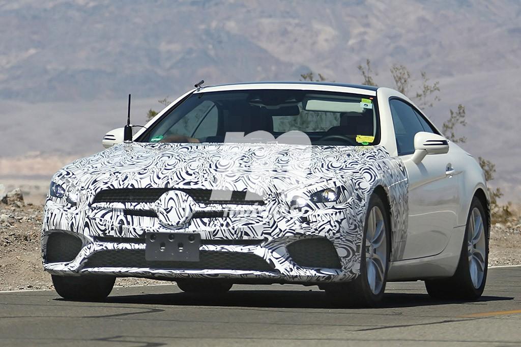 2015 - [Mercedes] SL Restylé [R231] - Page 3 Mercedes-sl-2016-201522292_3