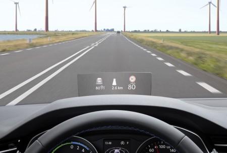 """El Volkswagen Passat estrena """"Head-Up Display"""" como opción"""