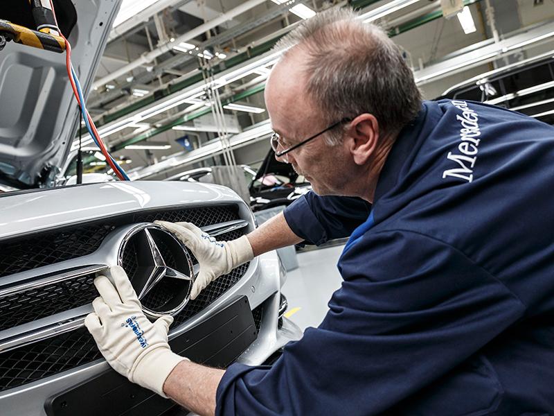 Mercedes adelanta a Audi en el número de ventas mundiales