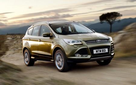 Reino Unido - Agosto 2015: El Ford Kuga se estrena en el Top 10