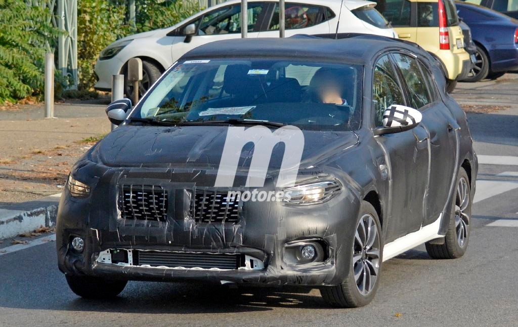 2016 - [Fiat] Tipo 5 portes & SW - Page 4 Fiat-tipo-compacto-2016-201523824_2