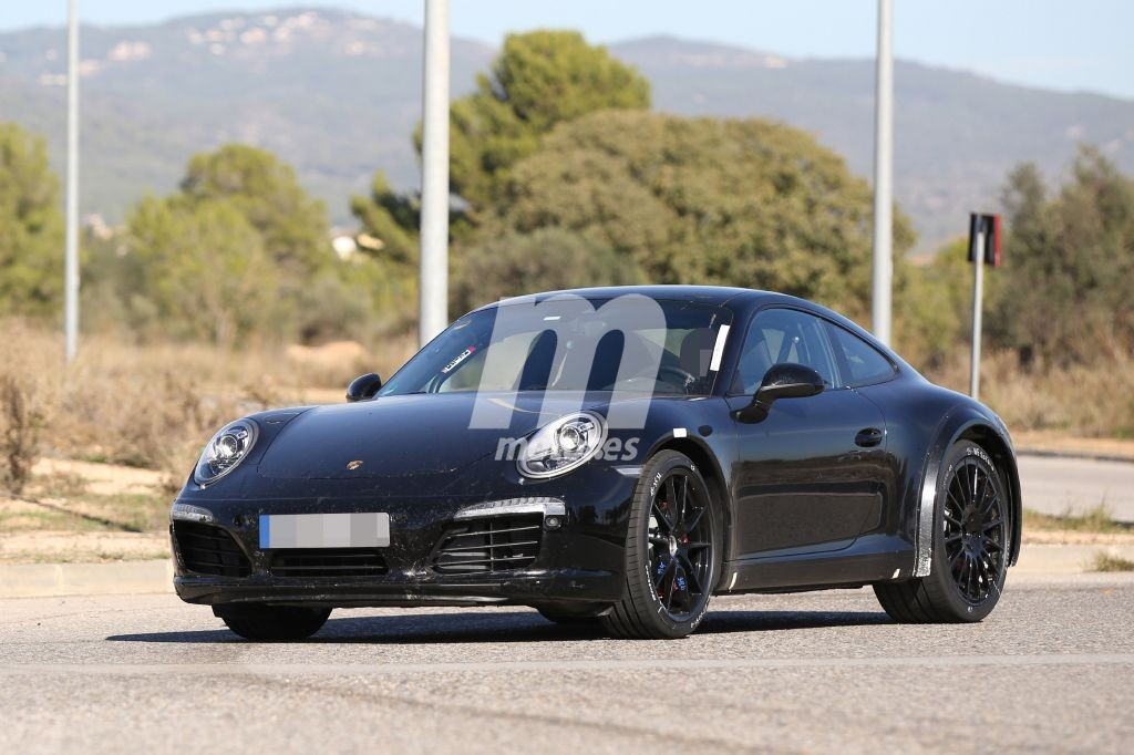 2018 - [Porsche] 911 Porsche-911-chassis-testing-mule-2018-201524335_4