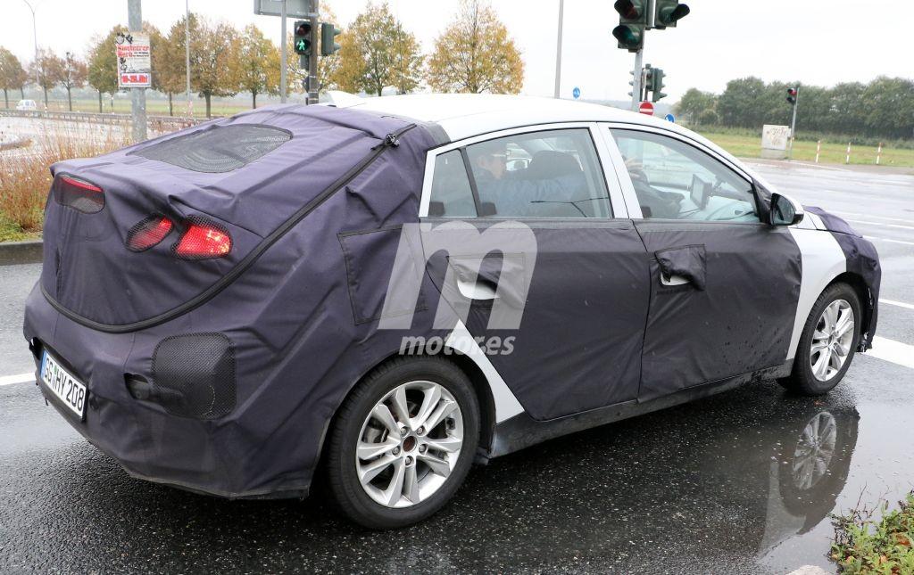 2016 - [Hyundai] Ioniq Hyundai-ioniq-interior-201524623_6