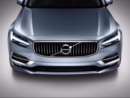 El Volvo S90 apostará por una extensa gama híbrida