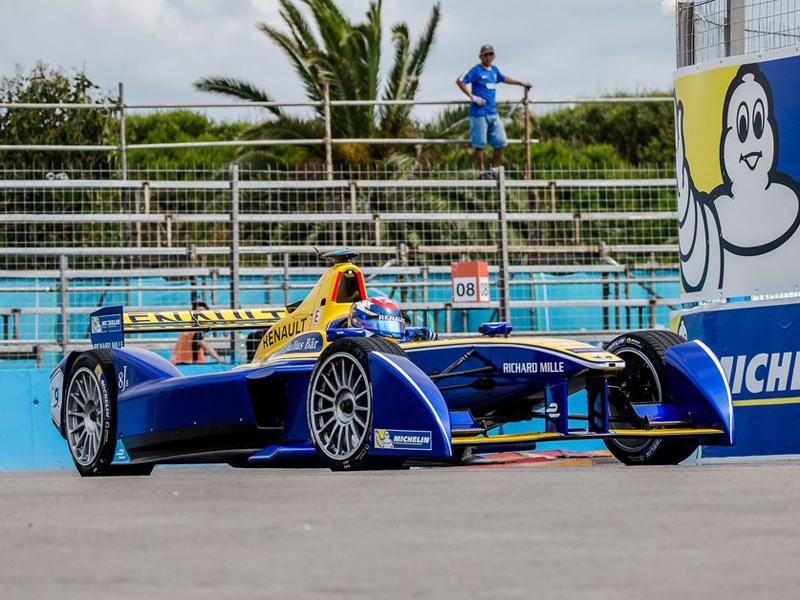 Sébastien Buemi vence en el ePrix de Punta del Este