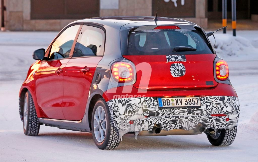 2014 - [Smart] Forfour [W453] - Page 21 Smart-forfour-brabus-201525027_9