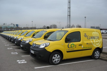 Correos apuesta por el coche eléctrico, con 25 nuevos Renault Kangoo Z.E.