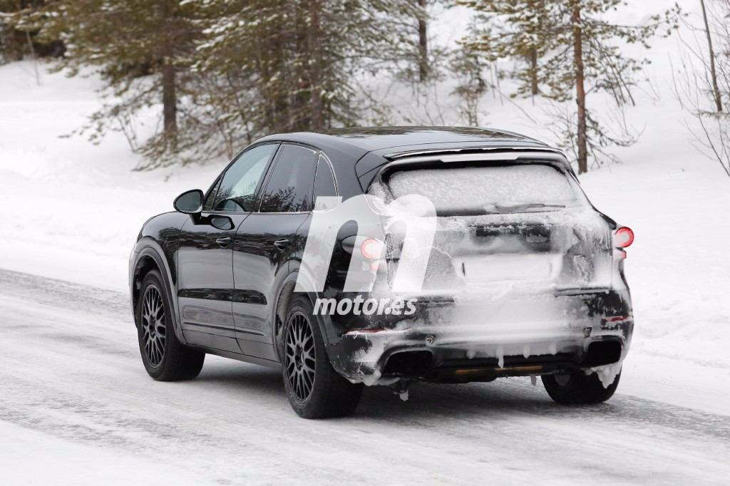 2016 - [Porsche] Cayenne III Porsche-cayenne-2018-fotos-espia-201626025_10
