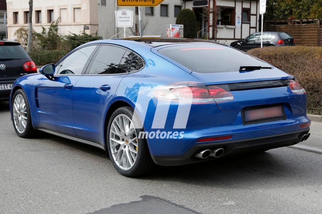 2016 - [Porsche] Panamera II - Page 7 Porsche-panamera-turbo-2017-201626893_7