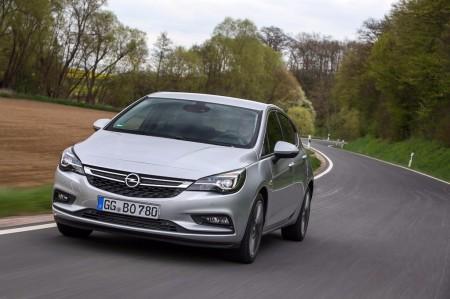 Precio del Opel Astra BiTurbo, la versión más dinámica de la gama