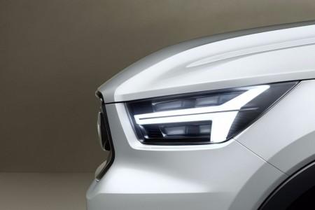 Volvo nos anticipa la futura mirada de los nuevos V40 y XC40