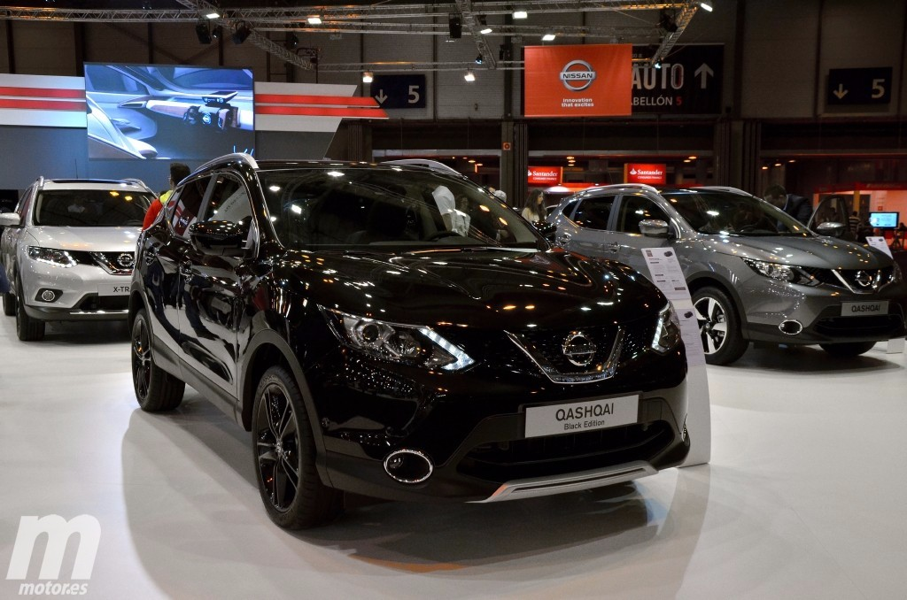 nissan qashqai y x trail black edition nuevas ediciones limitadas desde el sal n de madrid. Black Bedroom Furniture Sets. Home Design Ideas