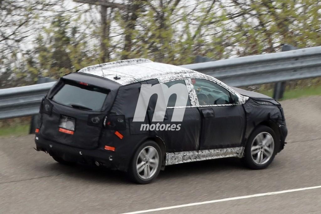 2017 - [Opel] Grandland X [P1UO] - Page 4 Opel-antara-2017-suv-fotos-espia-201627742_9