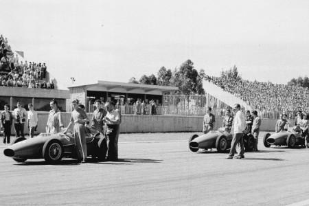 Ferrari, la mafia, el Dios Saturno y un campeón efímero