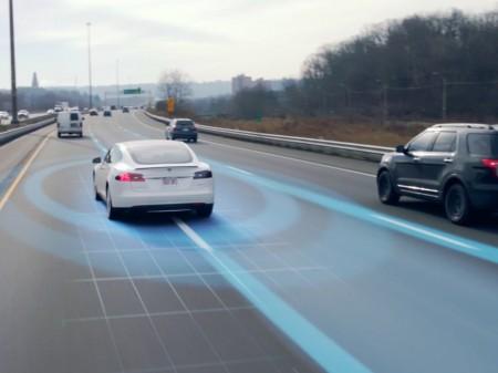 Estas son las novedades del Autopilot 8.0 de Tesla