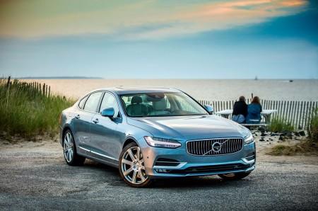 La serie 90 de Volvo recibe novedades tecnológicas y mecánicas