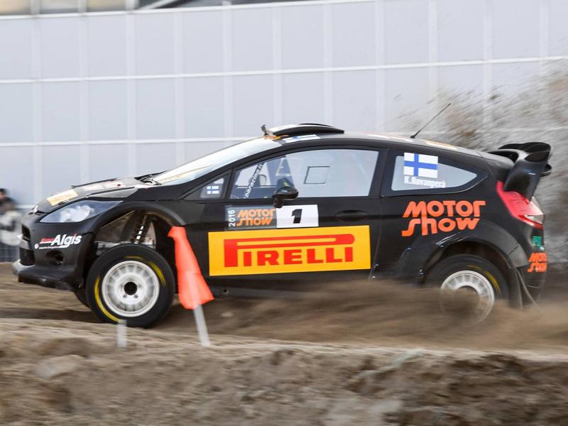 Evans ve en Kalle Rovanperä el Max Verstappen del WRC