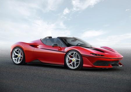 Ferrari J50: Estética targa para el V8 más potente de la marca de edición limitada