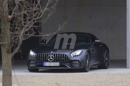 Mercedes AMG GT C Coupe 2017: Sus primeras imágenes al completo